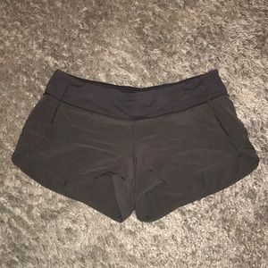 LULULEMON speed shorts (2.5in)